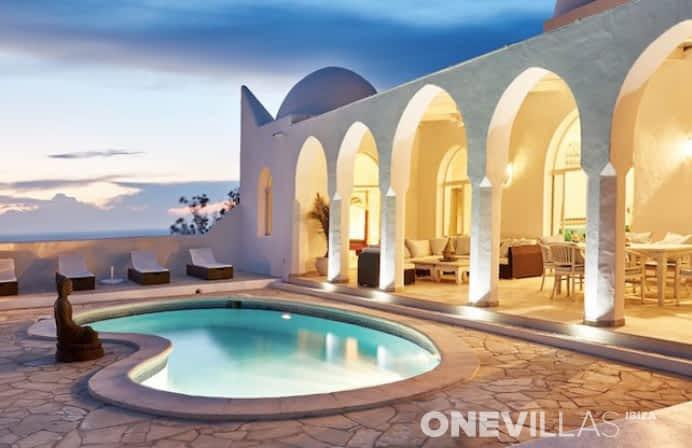 Villa Marrakech   Cala Carbo